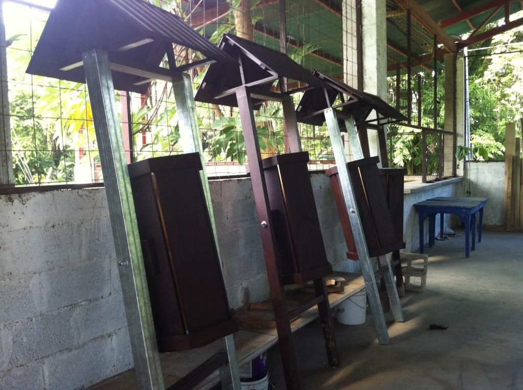basureros-uvita-asociación de-desarrollo-integral-de-uvita-geoporter